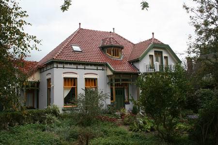 Het imponerende landhuis aan de Langestraat, nummer 17. Deze foto is van oktober 2007