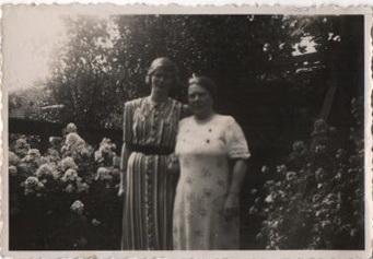Geertje van Hoogen (links) en Martha Melessen