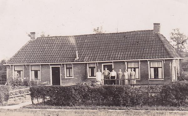 Huis zuidkant NH-kerk verkl