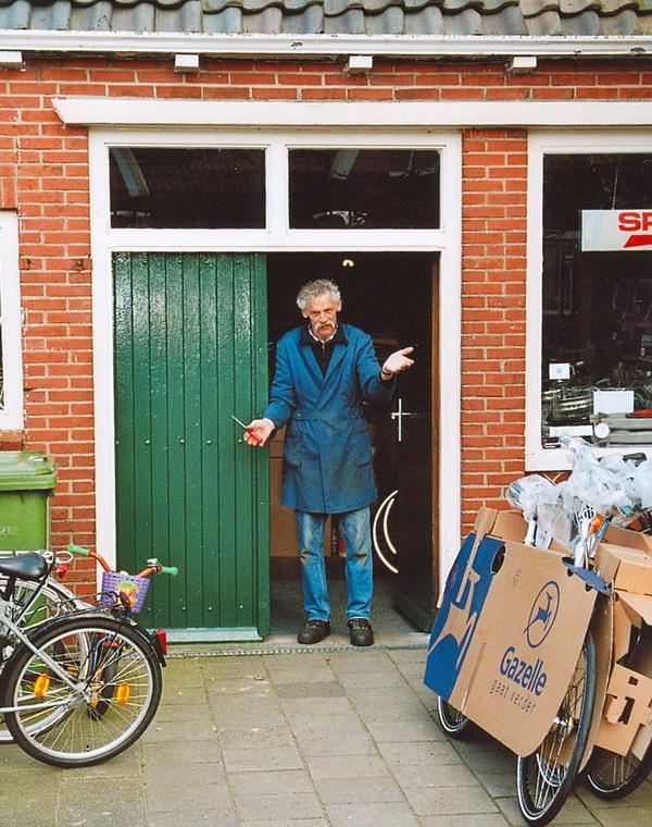 Fietsenmaker Appie van Bergen bew web