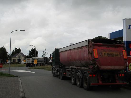 Mechielsen vrachtwagens...